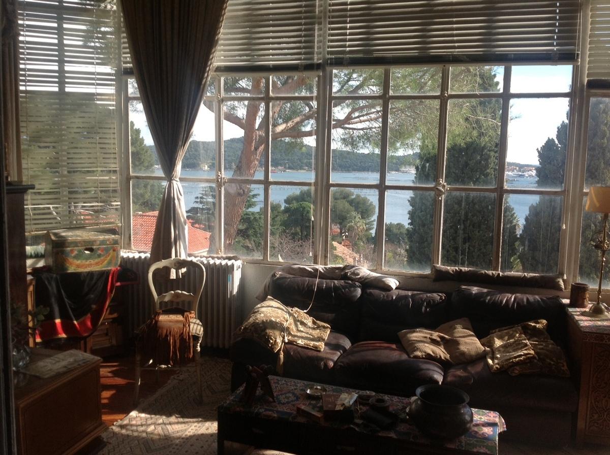 vente achat maison villa la seyne sur mer. Black Bedroom Furniture Sets. Home Design Ideas