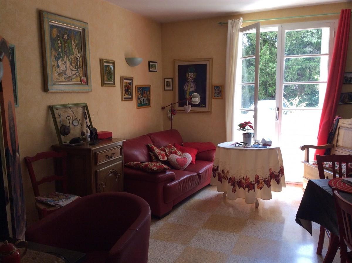 vente achat appartement toulon ouest. Black Bedroom Furniture Sets. Home Design Ideas